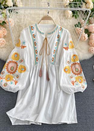 Платье-вышиванка синего цвета в цветочную вышивку , хлопковая вышиванка в украинском стиле