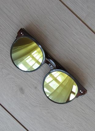 Новые солнцезащитные очки черные