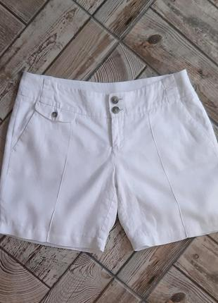 Льняные белые шорты
