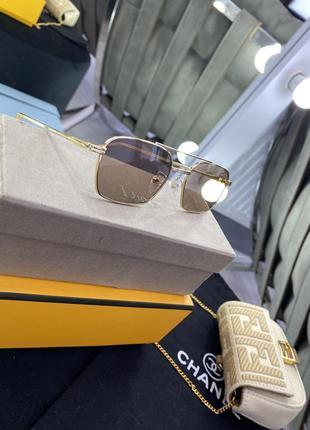 Шикарные трендовые прямоугольные полупрозрачные очки