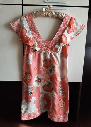 Шелковое платье mango