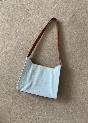 Красивая нежно голубая сумка из кожи 💙