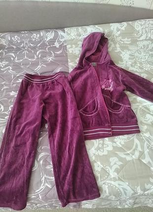 Велюровый спортивный костюм на девочку