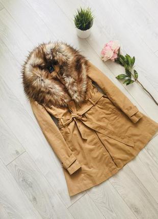 Шикарное демисезонное пальто карамельного цвета