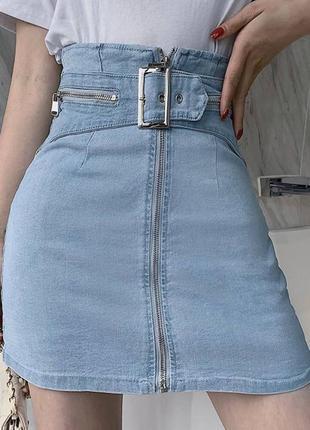 Джинсовая юбка с поясом