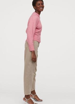 Нежный розовый свитер с плечиками h&m