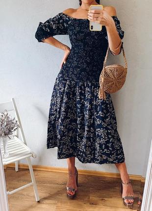 Льняное натуральное миди платье zara лен с открытыми плечами пышными рукавами