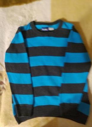 Отличный свитерок на мальчика