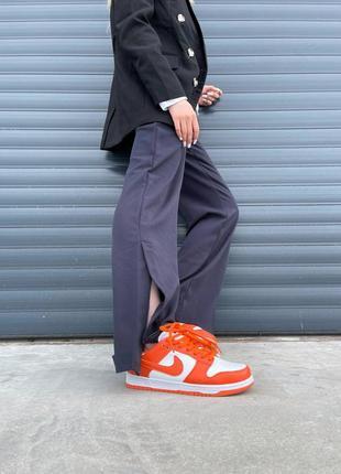 Женские кроссовки nike dunk low orange