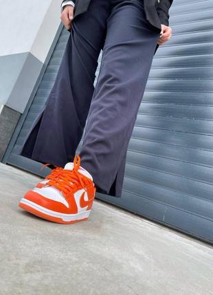 Женские кроссовки nike dunk low orange7 фото
