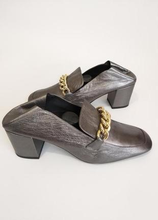 Кожаные туфли, мюли