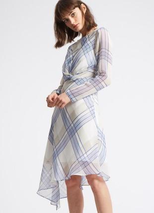 Нежное женственное воздушное миди-платье из шифона с ассиметричным низом