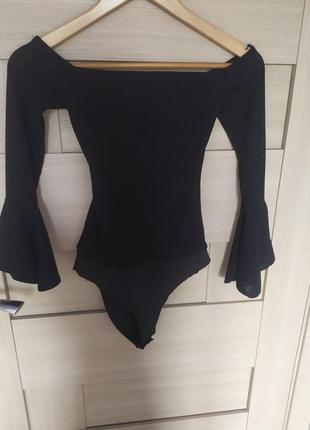 Красивый стильный черный боди с люрексом с длинным рукавом трендовый от бершка xс с