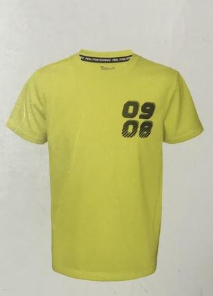 Спортивная футболка на мальчика crivit sports