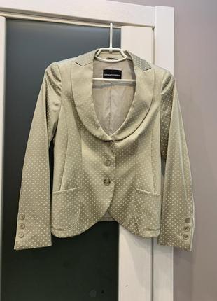 Идеальный приталенный пиджак, жакет с красивым декольте emporio armani, оригинал