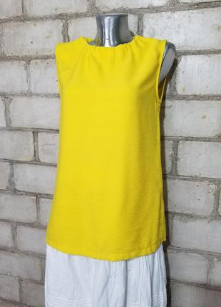 Яркая блуза с завязом