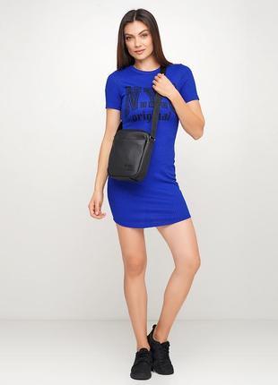 Модная чераня для  девушки сумочка черех плечо сумка messenger