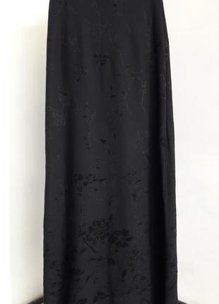 Красивая длинная юбка с цветами