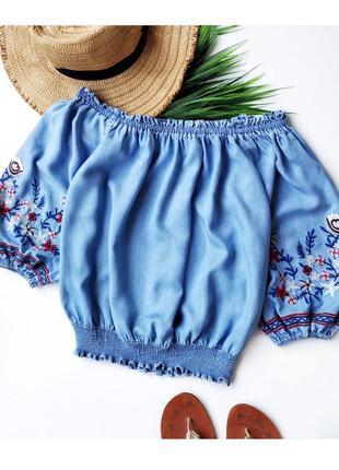 Красивая джинсовая блуза с вышивкой new look.6 фото