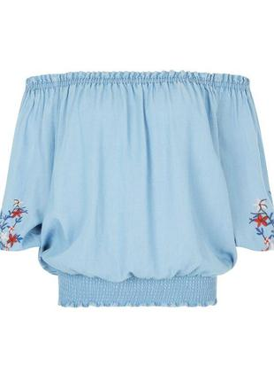 Красивая джинсовая блуза с вышивкой new look.5 фото