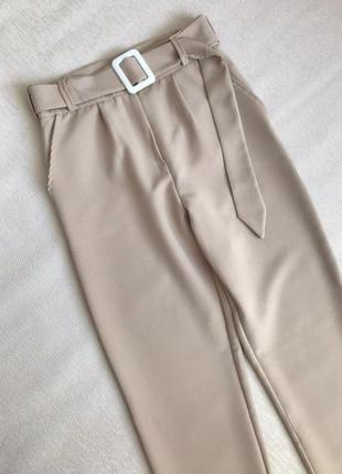 Бежевые брюки классические штаны с ремнём женские беж
