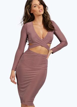 Крутое платье миди по фигуре