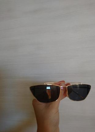 Стильные солнцезащитные очки, ретро