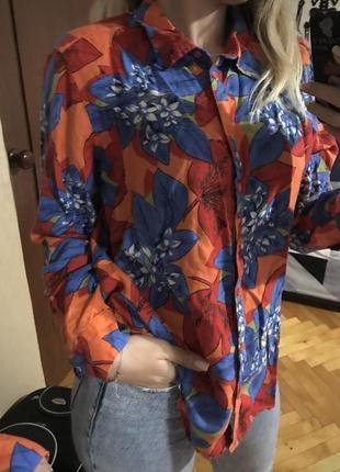 Льняная фирменная рубашка свободного кроя в цветочный принт