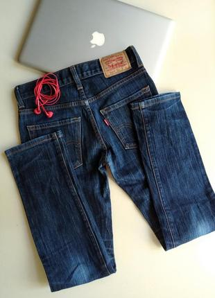 Темно-синие джинсы бойфренды levi's levi strauss & co. скинни скины модель 510 размер 261 фото