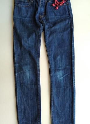 Темно-синие джинсы бойфренды levi's levi strauss & co. скинни скины модель 510 размер 263 фото