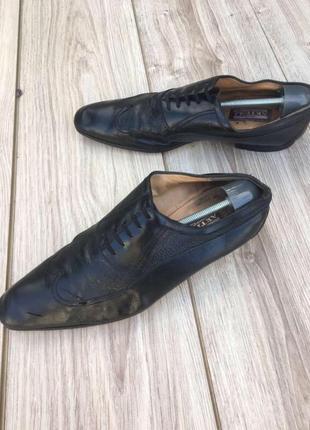 Туфли artioli чёрные новая профилактика и каблук стильные актуальные zara asos h&m