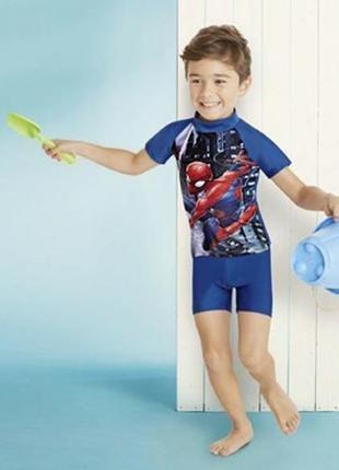 Солнцезащитный пляжный костюм для мальчика batman р.74-80 распродажа!