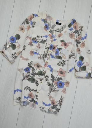 Рубашка в цветочный принт с накладными карманами