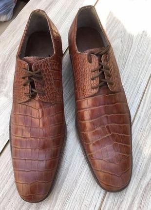 Туфли ручной работы стильные актуальные натуральные кожаные кожа zara asos h&m massimo dutti тренд теснение