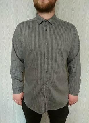 Рубашка мужская в мелкую гусиную лапку
