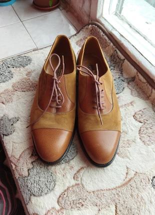Кожаные новые туфли