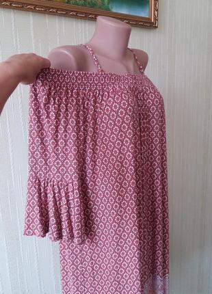 Прекрасное свободное платье с открытыми плечами из натуральной ткани в цветочный принт от next