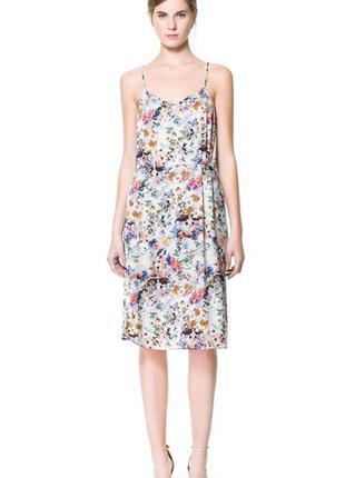 Шикарное платье в цветочный принт zara