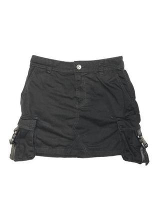 Женская черная короткая юбка с карманами от бренда bershka