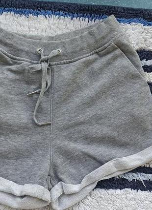 Серые шорты h&m