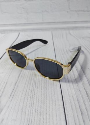 Солнцезащитные очки овал круг