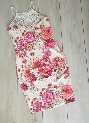 Легке плаття на квіти
