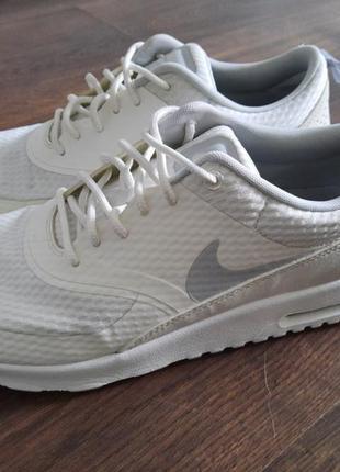 Оригинальные белые кроссовки nike 26 см стелька размер 40.5