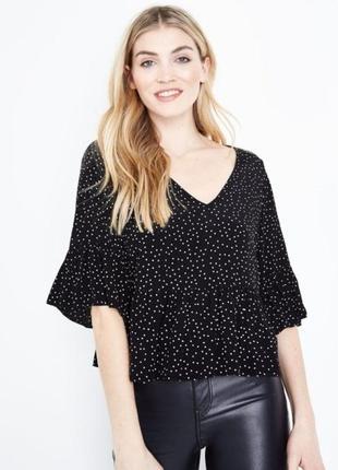 Красивая короткая блузка топ в горошек new look