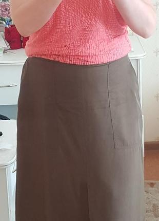 Юбка миди цвета хаки с карманами