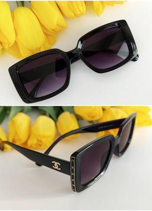 Распродажа! солнцезащитные очки в черном цвете