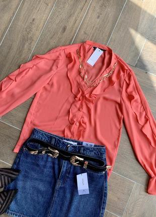 Шифонова блуза з рюшами від f&f, розмір s