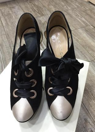 Туфли casadei нарядные