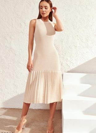 Трендова трикотажна сукня  /4 кольори /  трикотажное платье