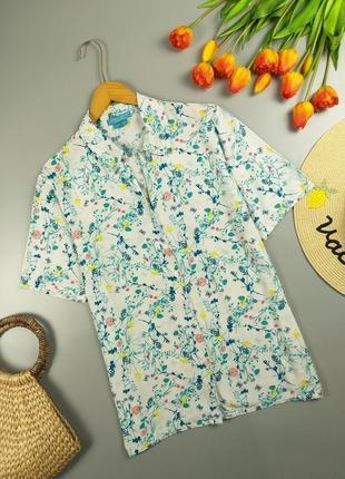 Блуза/рубашка натуральная цветочная с коротким рукавом спереди застегивается на пуговках